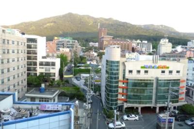 韓国・釜山近郊の温泉を訪ねて! 2012.4.27~30 016.jpg